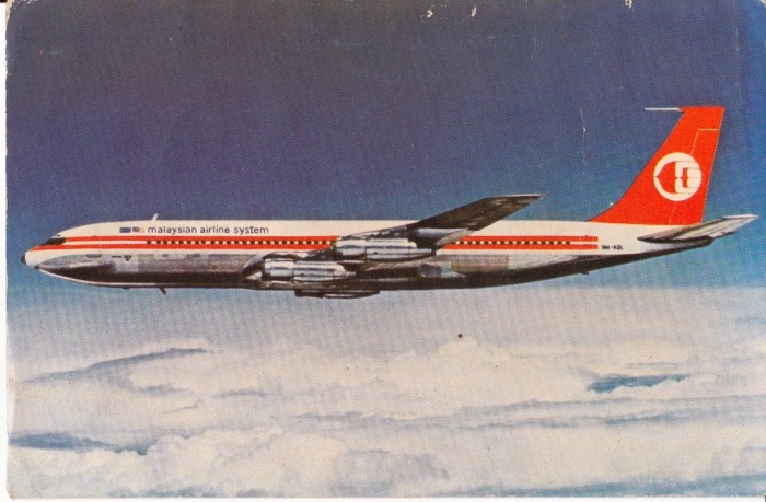 Postkort som viser Malaysia Airlines Boeing 707, med dragen på halen