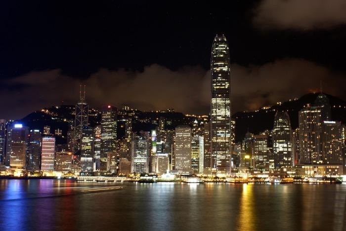 GJESTEBLOGGER: Lars Bratsberg – Din Hong Kongskredder